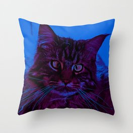 squinting maine coon cat vector art night from day Throw Pillow