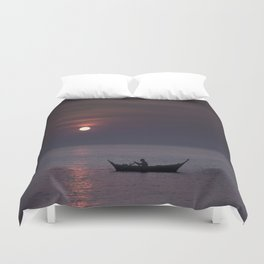 Rowing into the sunset Duvet Cover