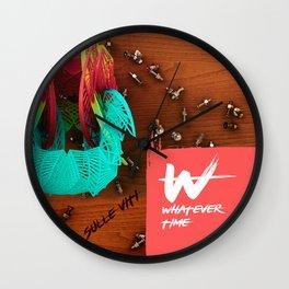 sulle viti Wall Clock