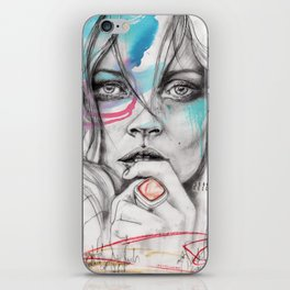 Kate Moss by Leo Tezcucano iPhone Skin