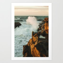 waves come crashing Art Print