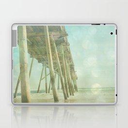 Pier 1 Laptop & iPad Skin