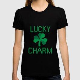 8 Bit Clover/Shamrock - Lucky Charm Pixel T-shirt