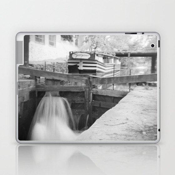 Locked - Washington, DC Laptop & iPad Skin