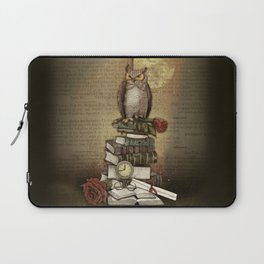 The Bibliophile - (the lover of books) Laptop Sleeve