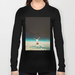 Falling with a hidden smile Long Sleeve T-shirt