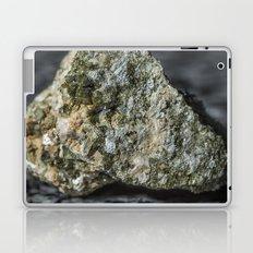 Epidote resting on granite Laptop & iPad Skin
