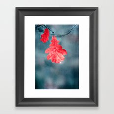 OAK LEAF Framed Art Print