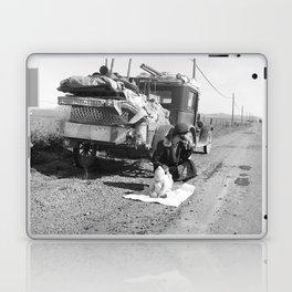 Tracy, California 1937 Laptop & iPad Skin