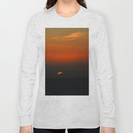 cloudy sunset seascape Long Sleeve T-shirt