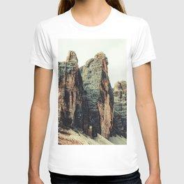 Three Peaks of Lavaredo - Mountain Nature Landscape Photography T-shirt