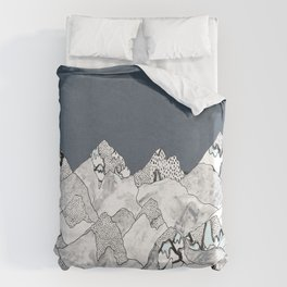 At night in the mountains Duvet Cover