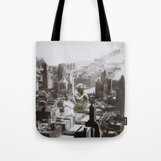 To Chicago Yoda went Tote Bag