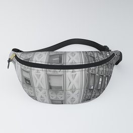 Geometric New York Architecture in Black and White Fanny Pack