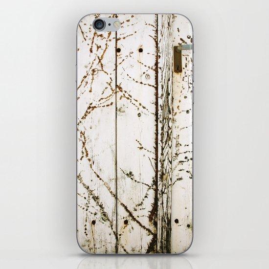 closed#03 iPhone & iPod Skin