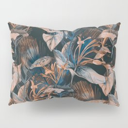 Beautiful Retro hand sketch seamless tropical dark summer forest pattern with colorful palm trees,leaves,exotic wild and plants hand drawn illustration pattern Pillow Sham