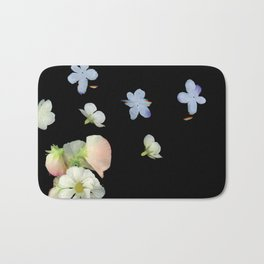 Sweet Pea, Daisy, Hydrangea Glitch Bath Mat