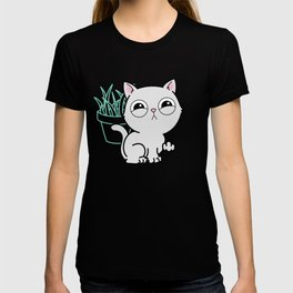Kitty Knows Sign Language T-shirt