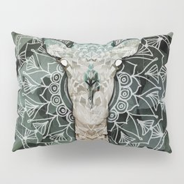 The Giraffe. Pillow Sham