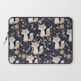 autumn and the fox Laptop Sleeve