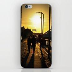 Couple's walk iPhone & iPod Skin