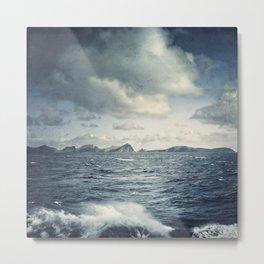 unsteady horizon Metal Print