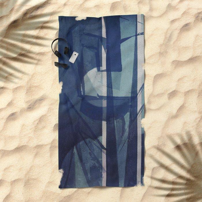 La Mujer y la Agua Beach Towel