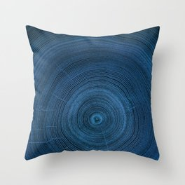 Detailed dark navy blue cut wood tree negative with circle growth rings pattern Throw Pillow