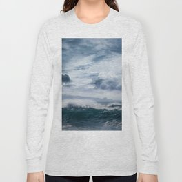 He inoa wehi no Hookipa  Pacific Ocean Stormy Sea Long Sleeve T-shirt