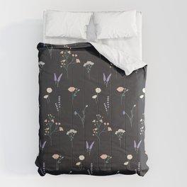 Kiss Me (Black)  Comforters