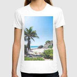 Beautiful Tropical Scenery T-shirt