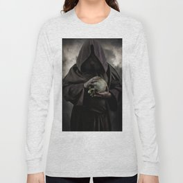 Holding a male skull Long Sleeve T-shirt