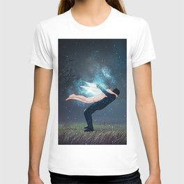 unforgettable hug colored. T-shirt