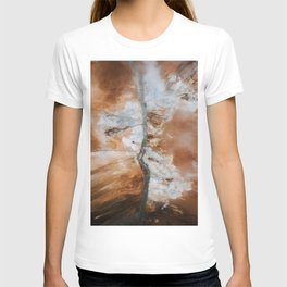 Abstract River in Iceland's Volcanic Highlands – Landscape Photography T-shirt