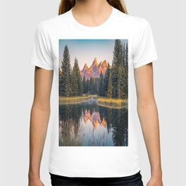 Wyoming Sunrise Mountain Lake Reflection T-shirt