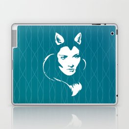 Faces - foxy lady Marlene on a teal wavey background Laptop & iPad Skin