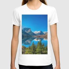 mountain lake forest mountain landscape Saint Mary Lake Rocky Mountains Glacier National Park Montana USA T-shirt