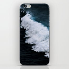 Powerful breaking wave in the Atlantic Ocean - Landscape Photography iPhone Skin