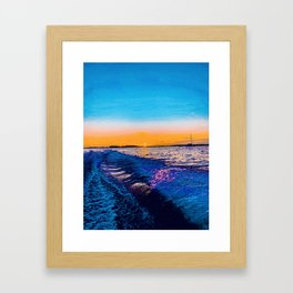 mírame  Framed Art Print