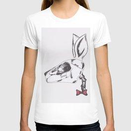 francine the rabbit queen. T-shirt