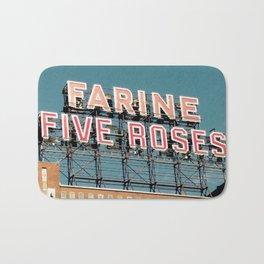 Farine Five Roses Bath Mat
