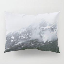 Mountains Landscape Photography | Maligne Lake Alberta Pillow Sham