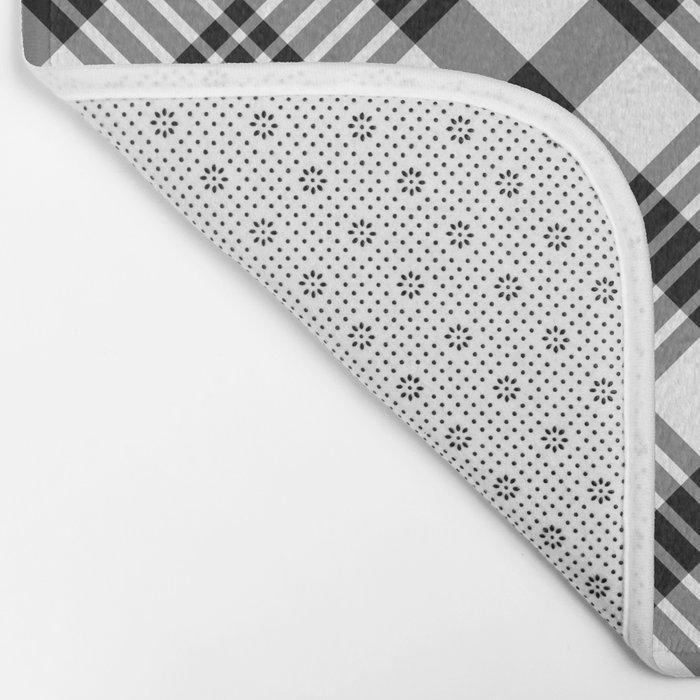Black and White Plaid Pattern Bath Mat