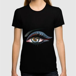 Blue eye with make up T-shirt