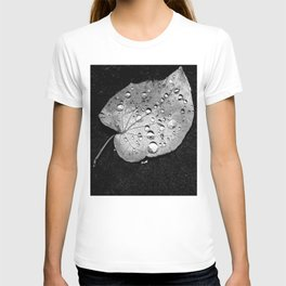 leaves black and white bubble T-shirt