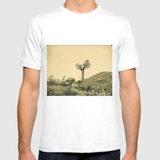 lonely tree. MEDIUM Mens Fitted Tee White