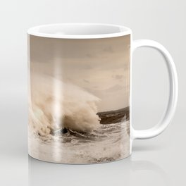Crashing Waves Coffee Mug