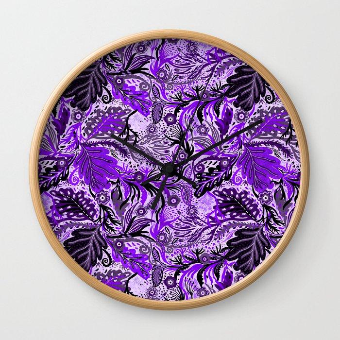 Ultraviolet Flower Field, Purple Lilac Leaves &  Intricate Lavender Floral Blooms Pattern Wall Clock
