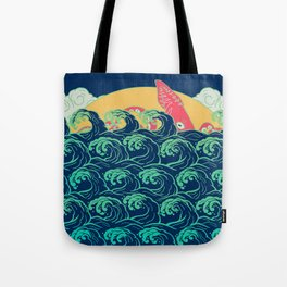 Squid on the waves Tote Bag