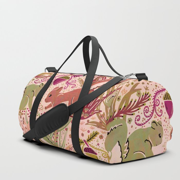 Squirrel in Woodland Fern Forest , Cute Squirrels Love hidden among the Acorn Nuts & Plants Duffle Bag